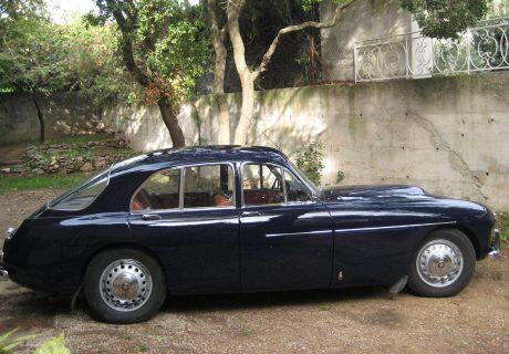 Location bristol type 405 1957 bleu nuit 1957 midnight - Location voiture martigues ...