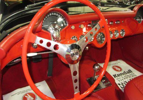Location chevrolet corvette c1 1956 noire 1956 noire le havre - Location voiture tourcoing ...
