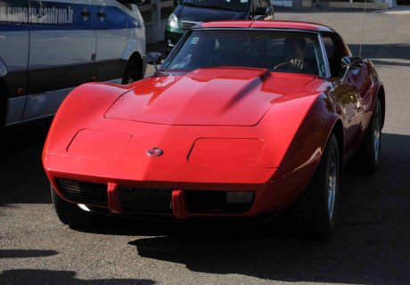 Location Chevrolet Corvette C3 1976 Rouge 1976 Rouge