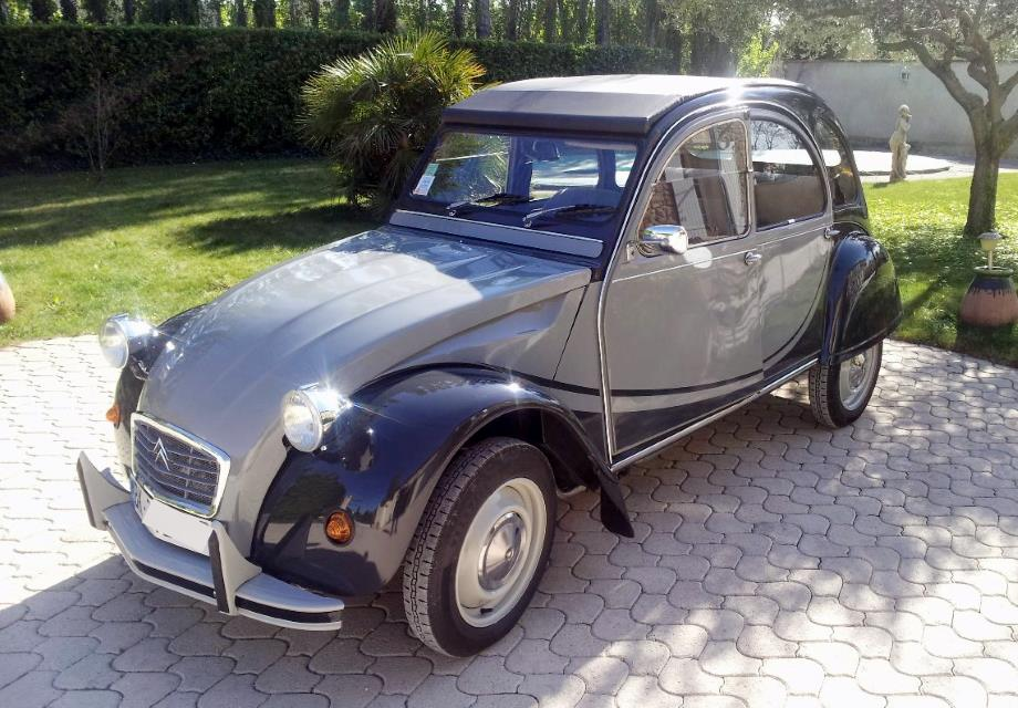 location citro n 2 cv charleston 1985 grise 1985 grise avignon. Black Bedroom Furniture Sets. Home Design Ideas