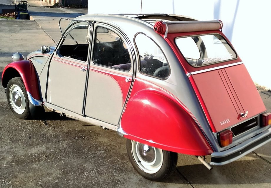 Location citro n 2cv 1983 gris rouge 1983 gris rouge for Garage citroen aigues mortes