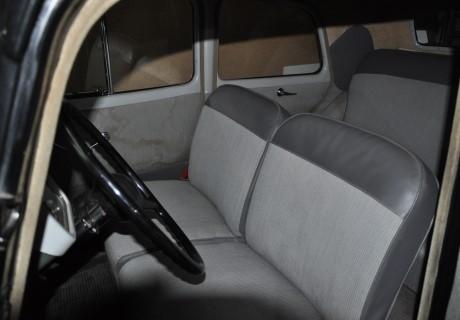 location citroen traction 11 bl 1953 noir 1953 noir evreux. Black Bedroom Furniture Sets. Home Design Ideas