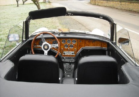 location facel vega iii cabriolet 1964 blanc 1964 blanc lyon. Black Bedroom Furniture Sets. Home Design Ideas