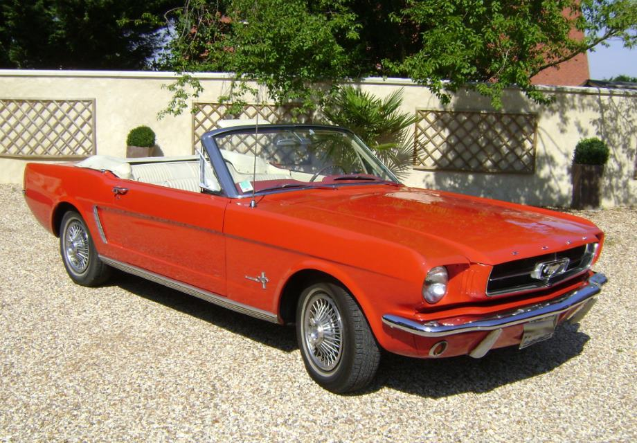 location ford mustang 1965 rouge 1965 rouge houdan. Black Bedroom Furniture Sets. Home Design Ideas