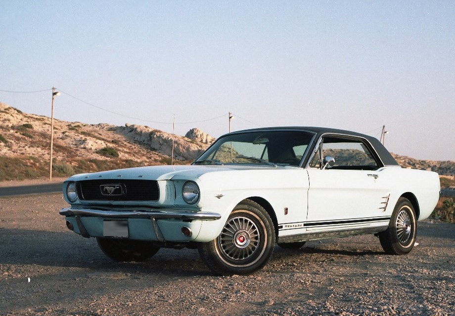 location ford mustang 1966 bleu 1966 bleu marseille. Black Bedroom Furniture Sets. Home Design Ideas