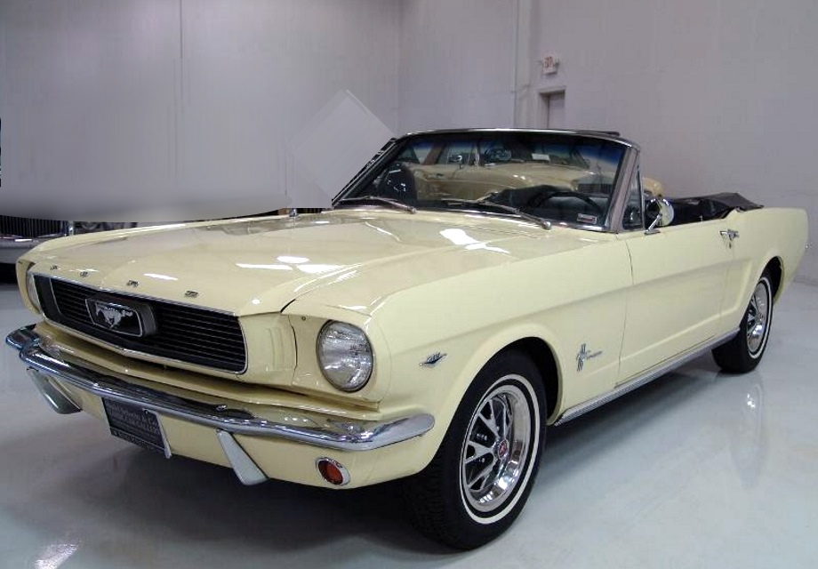 Location Ford Mustang 1966 jaune clair