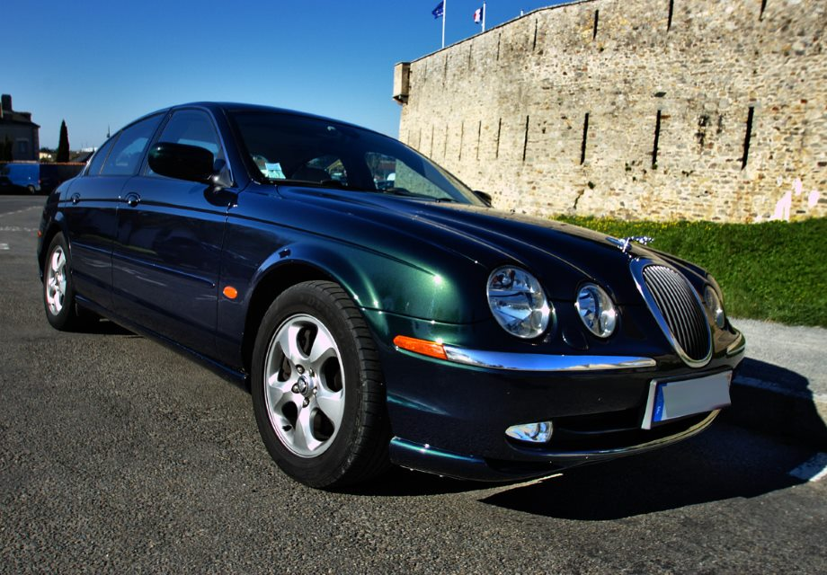 location jaguar s type 2001 vert anglais 2001 vert anglais vieillevigne. Black Bedroom Furniture Sets. Home Design Ideas