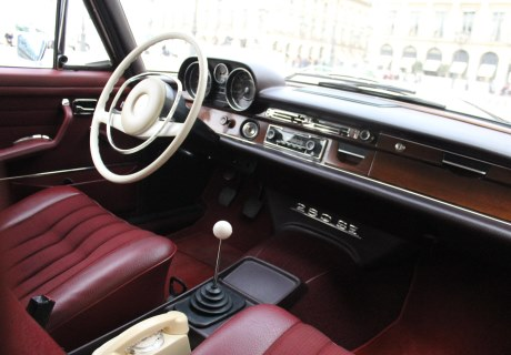Location mercedes 280 se 1970 blanc 1970 blanc champigny for Garage mercedes bonneuil sur marne