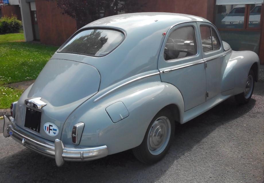 peugeot-203-1959-gris_3
