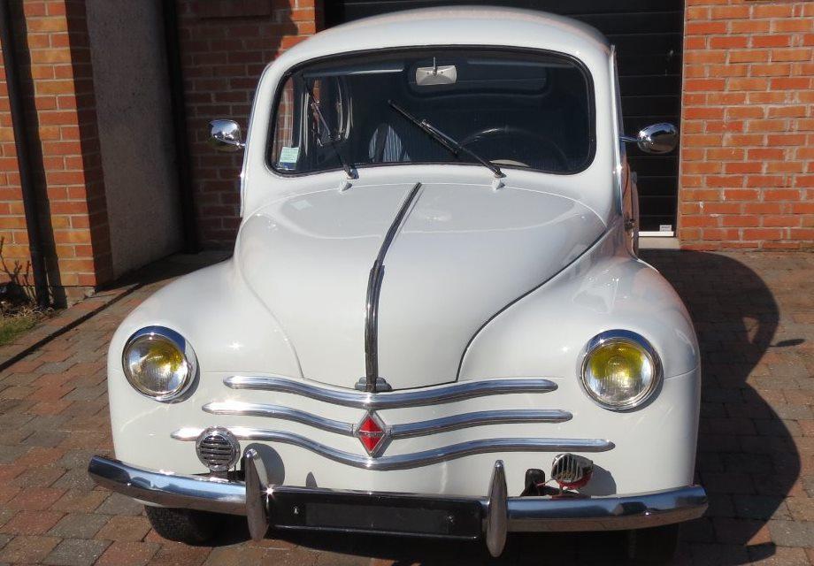 location renault 4 cv 1960 gris pompadour 1960 gris