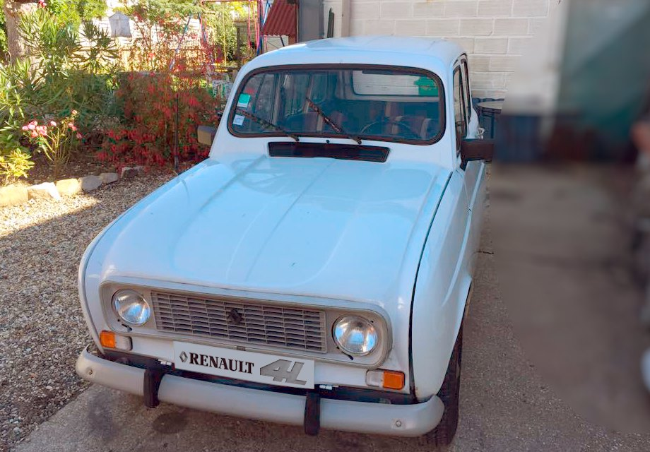 location renault 4l 1987 blanche 1987 blanche issy les moulineaux. Black Bedroom Furniture Sets. Home Design Ideas