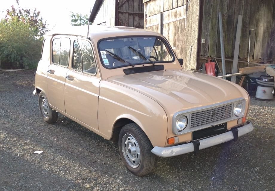 location renault 4l savane 1986 beige 1986 beige la roche sur yon. Black Bedroom Furniture Sets. Home Design Ideas