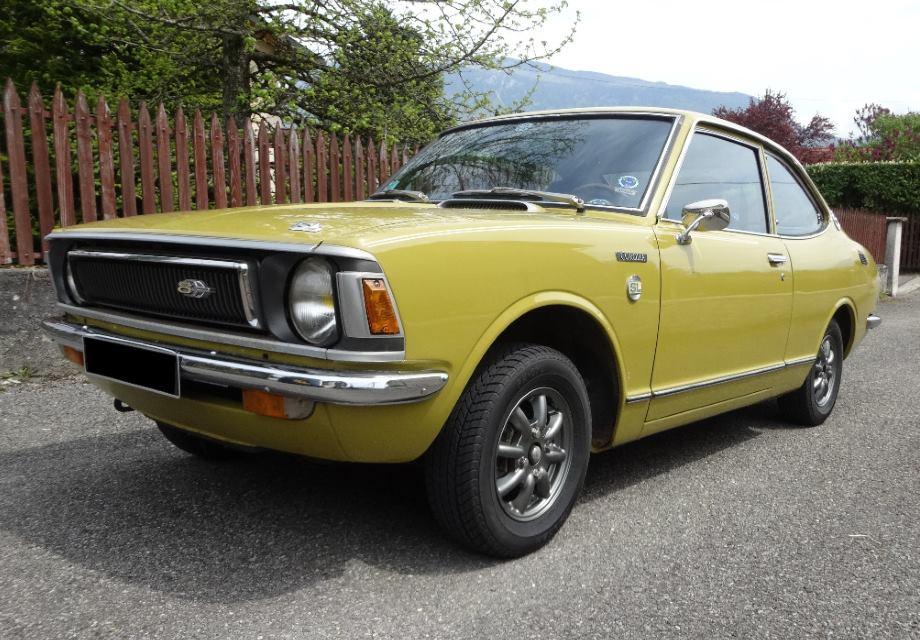 location toyota corolla coupe sl 1972 jaune 1972 jaune lyon