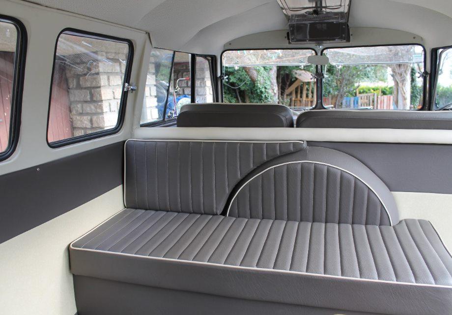 Location volkswagen combi split 1965 beige gris 1965 beige for Interieur combi split