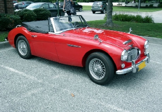 Austin Healey BJ8 1964 rouge