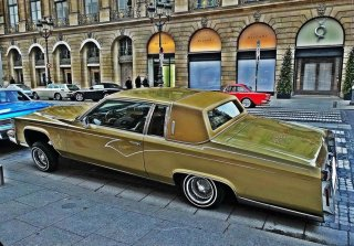 Cadillac coupe deville 1983 champagne