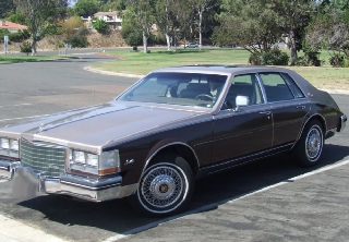 Cadillac Seville 1984 Rouge/Grise
