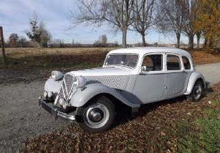 citron traction 11 familiale 1955 blanc et gris - Location Voiture Mariage Haut Rhin