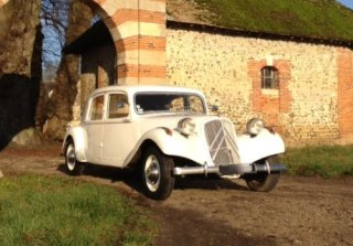 location citroen traction 11b 1955 blanc 1955 blanc franconville. Black Bedroom Furniture Sets. Home Design Ideas