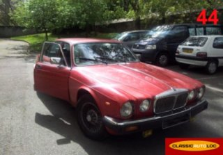 Daimler Sovereign 4.2 1982 Rouge