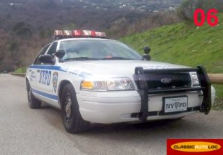 Ford Police New-York 2003 blanc