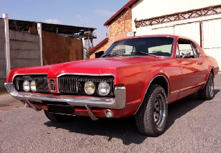 Ford Mercury Cougar 1967 rouge