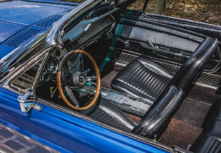 Location ford mustang 1965 bleu 1965 bleu nanterre for Garage ford nanterre