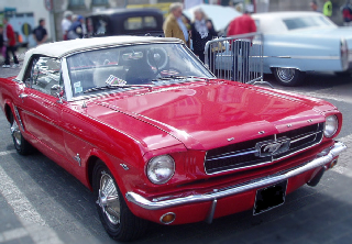Location Ford mustang 1965 Rouge