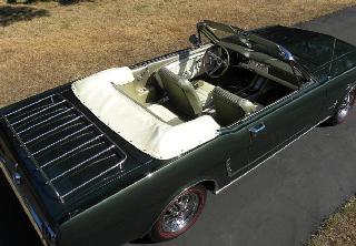 Location Ford MUSTANG 1965 VERTE