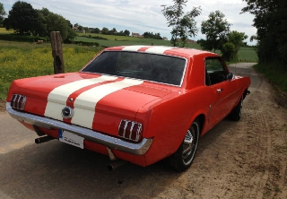 Location Ford Mustang 1965