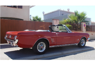 Location FORD MUSTANG 1966 ROUGE