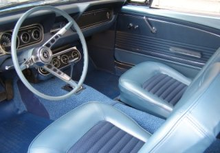 Location Ford Mustang 1966