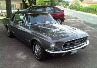 Location Ford Mustang 1967 Grise Toit noir