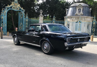 Location Ford Mustang 1967 Noir