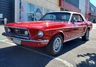 Ford Mustang  1968 Rouge et blanc