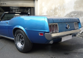 Location Ford Mustang 1970 bleu