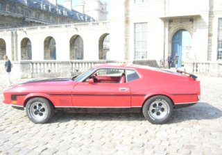 Location FORD MUSTANG Mach 1 1971 ROUGE
