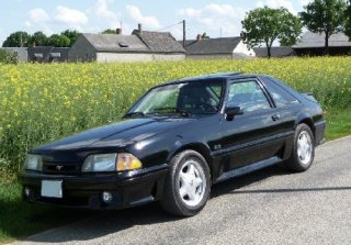 Location FORD MUSTANG 1993 GT 5,0 L Noire