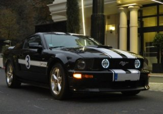 Location Ford MUSTANG 2007 NOIRE