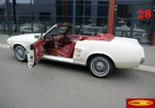 location ford mustang cabriolet 1967 blanc 1967 blanc creteil. Black Bedroom Furniture Sets. Home Design Ideas