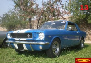 FORD Mustang Coup� 1965 Bleu Bandes Blches