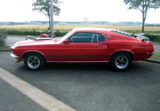 Location Ford Mustang Mach1 1969 Rouge