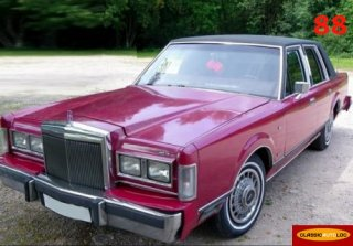 LINCOLN TOWN CAR 1983 FRAMBOISE