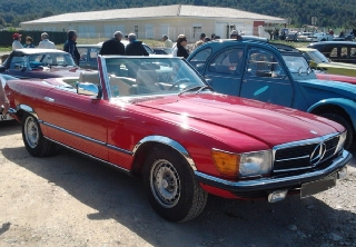 Mercedes Benz 350 SL 1972 rouge