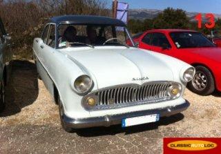 Simca ariane 1958 bleu ciel for Garage peugeot cassis